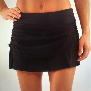 Lululemon Run Chase Me Skirt Skort Black 8